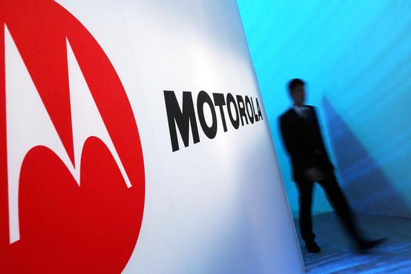 "Eric Schmidt kallar Motorolas kommande telefoner ""fenomenala"""