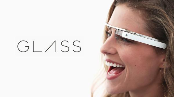 Eric Schmidt: Google Glass lever än
