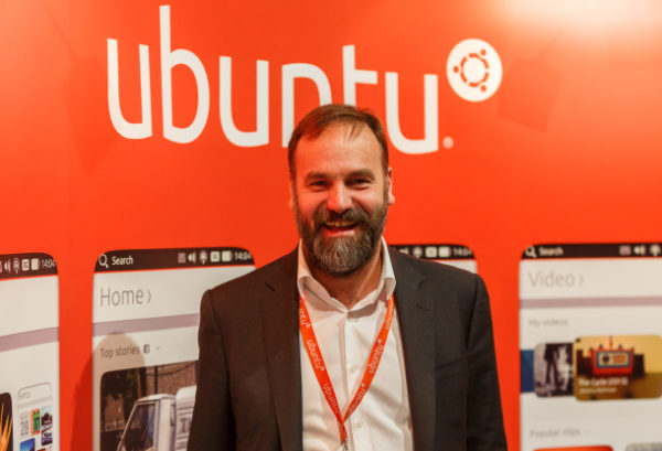 Canonical säkrar avtal med tillverkare – Ubuntu-mobil kommer nästa år