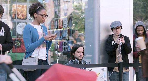 Samsungs reklamkampanj sägs ha gjort Apple-chef förbannad