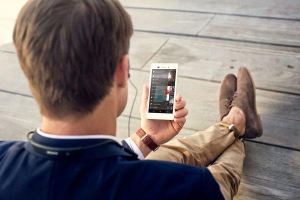 Sony presenterar Xperia T3 – smartphone med fokus på design
