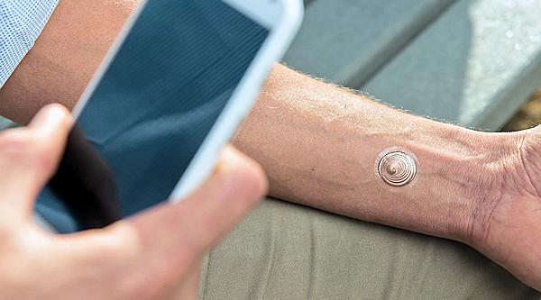 Motorola Moto X går nu att låsa upp med digital tatuering