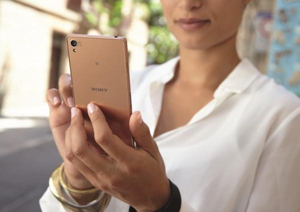 Fler pressbilder på Sonys nya toppmodell Xperia Z3