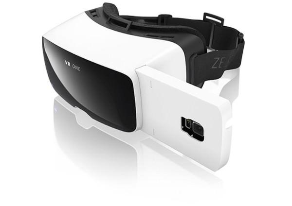 Carl Zeiss presenterar VR One – ett headset med virtuell verklighet