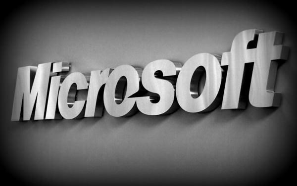 Microsoft tjänade en miljard dollar på Samsungs Androidenheter förra året