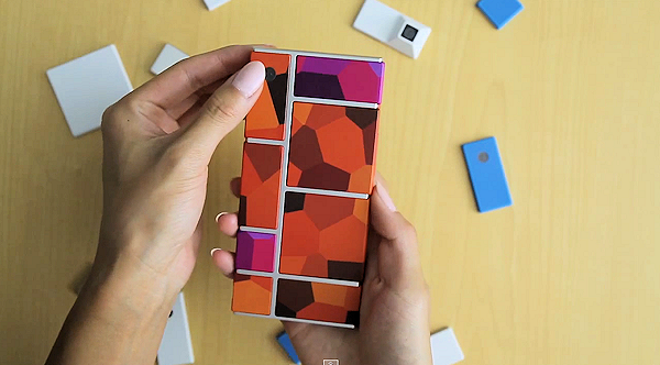 Phonebloks kollar in Project Ara-prototypen [Video]
