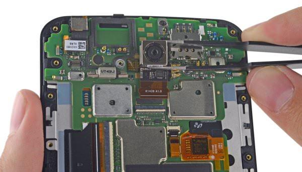 IFixIt plockar isär Motorola Nexus 6