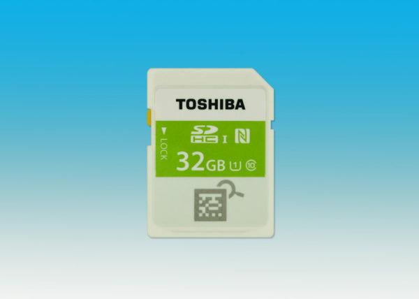 Toshiba lanserar minneskort med NFC, ett annat med Wi-Fi