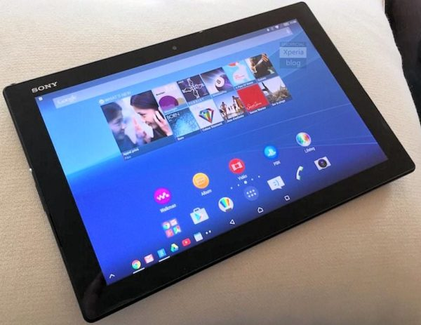 Bilder på Sony Xperia Z4 Tablet och Xperia M4 Aqua