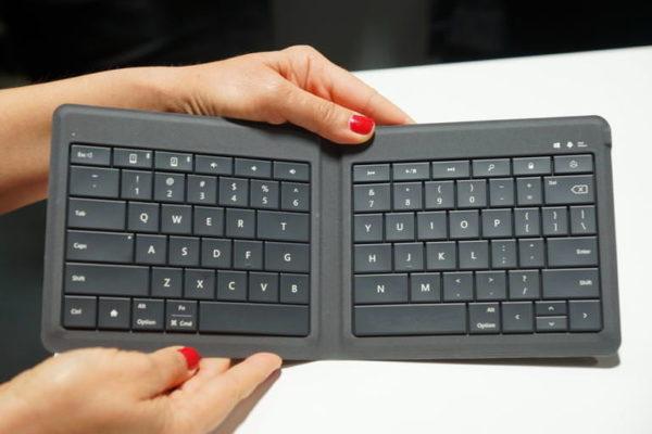 Microsofts senaste tangentbord är vikbart och fungerar med alla plattformar