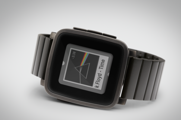 Pebble Time säljs nu i rostfritt stål