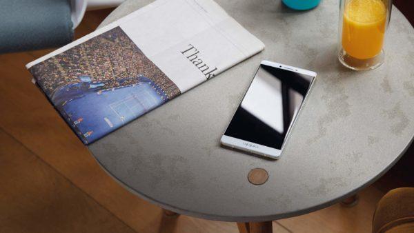 Oppo R7 Plus kombinerar metallchassi med massivt batteri