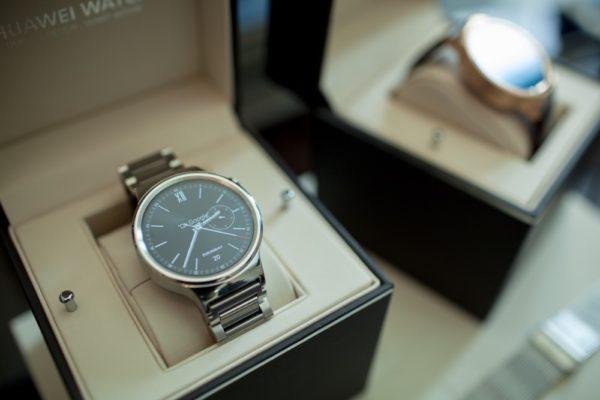 Huawei lanserar smartklockan Watch under IFA i Berlin