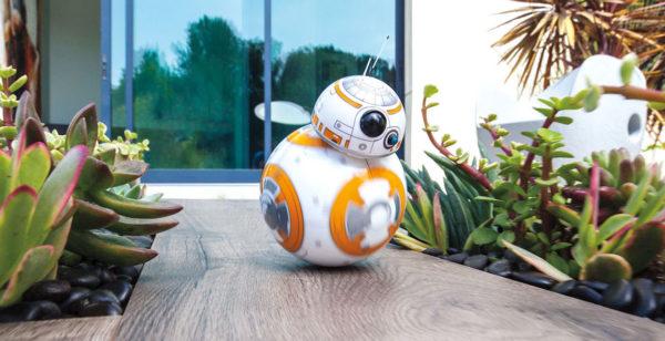 Sphero BB-8 är en Star Wars-robot som kan styras med mobilen